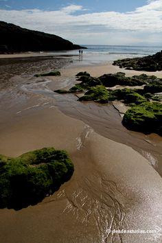 Playa del Sablón, Llanes. Playas de Asturias [Más info] http://www.desdeasturias.com/playa-de-el-sablon/