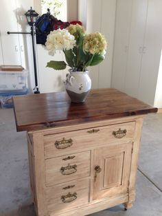 Old antique dresser turned into kitchen island! My mother in law is amazing! Dresser Island, Vintage Furniture, Diy Furniture, Kountry Kitchen, Kitchen Islands, Old Antiques, Home Renovation, Old Houses, Chalk Paint