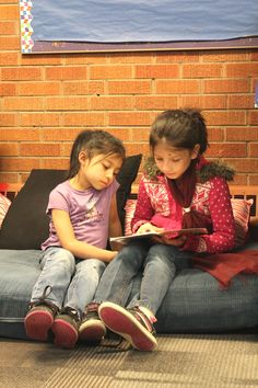 Last week for Boys & Girls Clubs week, kids at our Aurora Club worked on Team Building skills by reading to one another!