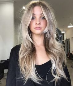Damen Haarschnitt ideen - Tremendous Long Layered Hairstyles 2019 for Women That Will Amaze Everyone Long Layered Haircuts, Layered Hairstyles, Long Hair Short Layers, Long Haircuts For Women, Hair Styles Long Layers, Long Hairstyles With Layers, Blonde Long Layers, Long Blonde Haircuts, Long Hairstyles Cuts