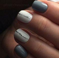 great nailart design for short nails: glitter stripe. easy great nailart design for short nails: glitter stripe. Simple Nail Art Designs, Short Nail Designs, Beautiful Nail Designs, Cute Nail Designs, Winter Nail Designs, Stripe Nail Designs, Shellac Designs, Gel Polish Designs, Winter Nails