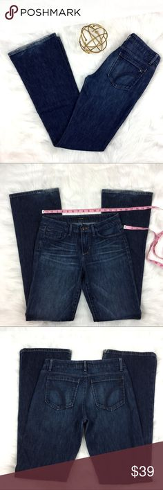 Joe's Jeans Visionaire Boot Cut Jeans Joe's Jeans Visionaire Boot Cut Jeans. Size 27 with 32' inseam and 9' rise. Pre-owned condition with some hem wear as pictured.  ❌I do not Trade 🙅🏻 Or model💲 Posh Transactions ONLY Joe's Jeans Jeans Boot Cut
