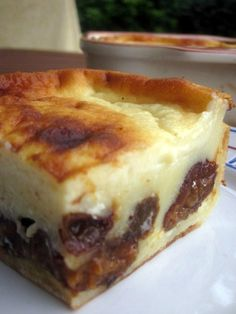 Right now I provide the recipe of a should dessert of my dwelling: Far Breton. The far Breton or farz Dessert Breton, Flan Dessert, Gateau Cake, French Food, Cake Recipes, Cheesecake, Deserts, Food Porn, Food And Drink