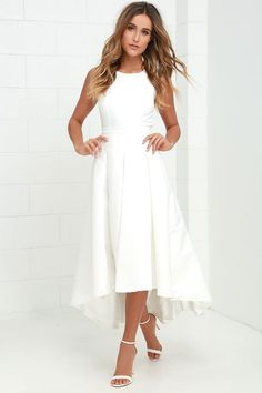 When you pass by in the Paso Doble Take Ivory High-Low Dress, heads will always turn! Take a twirl in this well-constructed sleeveless woven stunner, with princess seams, and open back with top button. Banded waist leads into a pleated high-low skirt. Wedding Rehearsal Dress, Rehearsal Dinner Outfits, Rehearsal Dinners, White Rehearsal Dinner Dress, Bodycon Outfits, Dress Outfits, Dress Up, Bodycon Dress, Woman Outfits