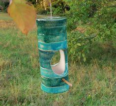Futterhaus Keramik Vogelfutterhaus türkis grün Farben Gartenkeramik Vogelhäuschen