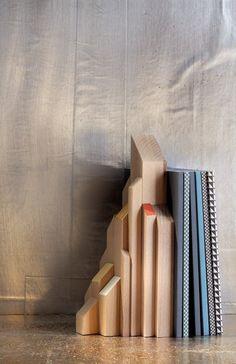 buchst tze aus holz mit foto selber machen basteln design pinterest buchst tze selber. Black Bedroom Furniture Sets. Home Design Ideas