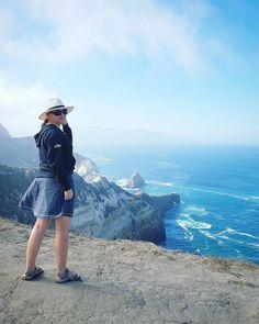 Cliffs of @CHISNP near Los Angeles. // Juttelin neljän paljasjalkaisen kalifornialaisen kanssa ja yksikään heistä ei ollut käynyt Channel-saarilla. Älä sinä tee samaa virhettä jos olet Los Angelesissa. Maisemat saarilla ovat mielettömiä ja matkalla sinne näimme noin tuhat delfiiniä. Meri oli jäätävän kylmää juuri nyt mutta kesällä kannattaa varata aikaa snorklaukselle. (via Instagram)
