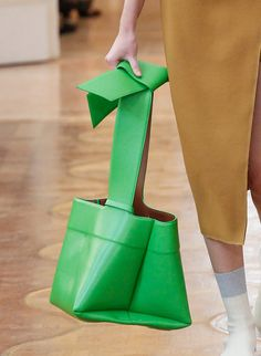 The 25 Best Bags of Paris Fashion Week Spring 2016