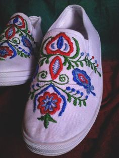 boots...folk embroidery Folk Embroidery, Boots, Sneakers, Handmade, Fashion, Tennis Sneakers, Hand Made, Sneaker, Fashion Styles