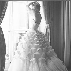 Glamour & Romance...  #couture #fashion #yum #style #classic #romance #perfection #glamour