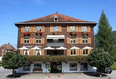 Seminar Hotel Krone Hittisau Style At Home, Hotels, Mansions, House Styles, Home Decor, Everything, Tips, Contemporary Architecture, Traditional