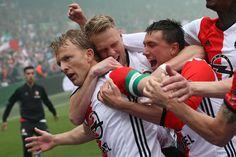 """Feyenoord wint landsstitel Eredivisie 2016-2017 met dank aan Dirk Kuit: 3-1 """"Controle door politie op CS Rotterdam. Verbod op alcohol en fakkels en andere niet voetbal gerelateerde voorwerpen."""""""