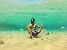 Gopro shot underwater chillin