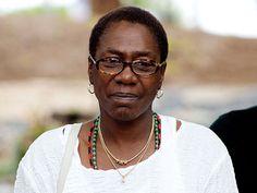 Tupac Shakur's Mother Afeni Shakur Davis Dies at 69: Police http://www.people.com/article/tupac-mother-afeni-shakur-davis-dead