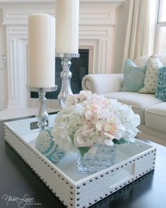 Such elegant tray styling by designer @nissalynninteriors! Features our Everglades Tray.