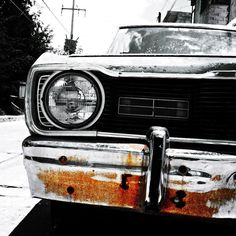 Redox.   #photooftheday #lomography #november #blacknwhite #bnw_society #bnw_captures #bnw_photo #blackandwhitephotography #outdoors #simplicity #streetphotography #old #car #streetview #streetphoto_bw #steetphotographer #rusted #metal #colorsplash #colorsplash_captures #hdr #hdr_captures #vsco #vscocam  #lumiacamera  #thelumians  #mobilephotography #fotografiamovil #fotodeldia #estosestupidoshashtags