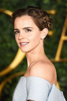 Forget Belle, Emma Watson Is Channeling Cinderella at the 'Beauty and the Beast' Premiere  - HarpersBAZAAR.com