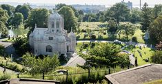 Brooklyn Real Estate, Greenwood Cemetery, Prospect Park, Real Estate Tips, Ny Times, All Over The World, Windsor, Barcelona Cathedral, Acre