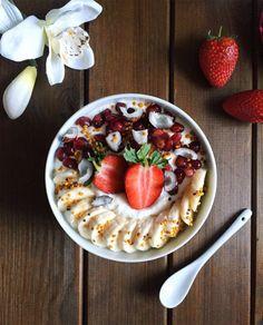 https://www.konzelmanns.de/Low-Carb-Rezepte/Cheesecake-Cream-mit-Kokos:8:620.html