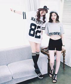 【姐妹就是要這樣穿!】快讓韓系女孩教妳們如何穿搭出最完美的『閨蜜裝』! - Viral Cham
