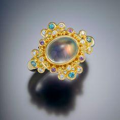 ring 22kt gold granulation moonstone diamond