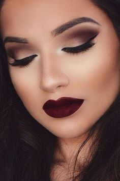 27 Awesome Homecoming Makeup Ideas - - 27 Awesome Homecoming Makeup Ideas Beauty Makeup Hacks Ideas Wedding Makeup Looks for Women Makeup Tips Prom Makeup ideas Cut Natural Makeup Halloween. Homecoming Makeup, Prom Makeup, Cute Makeup, Gorgeous Makeup, Pretty Makeup, Simple Makeup, Natural Makeup, Homecoming Ideas, Amazing Makeup