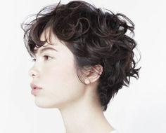 ショートヘア80 Short Curly Hair, Wavy Hair, Short Hair Cuts, Short Bob Hairstyles, Pretty Hairstyles, Shot Hair Styles, Heart Hair, Hair Images, Hair Designs