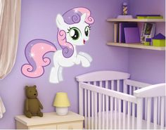 Lovely wall decal for little girls' rooms: My little Pony - Sweetie Belle