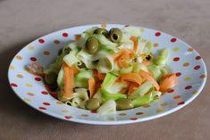 Fotorecept: Cuketovo-mrkvový šalát s olivami Fruit Salad, Celery, Sprouts, Cabbage, Vegetables, Fit, Fruit Salads, Shape, Cabbages
