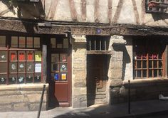 Where to find the oldest house in Paris? - The Local