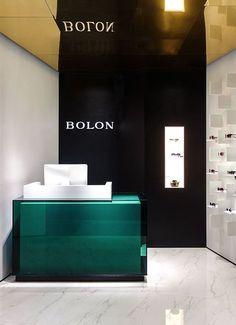 Bolon Eyewear, Shanghai. A project by Ippolito Fleitz Group – Identity Architects, Mirror.