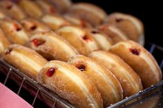 Craving a jelly filled donut.  plain jelly are my favorite and no one every has them!