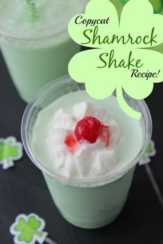 Copycat Shamrock Shake Recipe! Easy Drink Recipe for St. Patrick's Day!