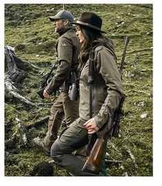 Die Marke Merkel Gear umfasst Bekleidung, die erfolgreiche Jagd in unterschiedlichen Bedingungen möglich macht