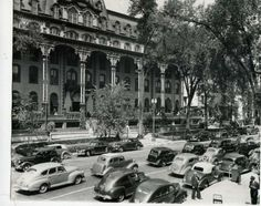 Traffic is heavy on Broadway in this undated photo, but, judging by the cars, it looks like it was the late (Courtesy of Saratoga Springs Historical Museum, George S. Saratoga Springs New York, Clifton Park, Old Postcards, Spring Looks, Grand Hotel, Historical Photos, Street View, Nyc, 1940s