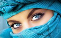 Türkan Eraslankılıç: Kıyafetinizi Göz Renginizle Kombinleyin