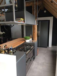 Tinta grijs Kvik Wateringen Industrial Kitchen Design, Home Decor, Decoration Home, Room Decor, Home Interior Design, Home Decoration, Interior Design