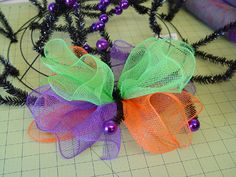 Ruffle Wreath Tutorial at Trendy Tree http://www.trendytree.com/blog/halloween-ruffle-wreath-tutorial-using-deco-poly-mesh-and-raz-halloween-decorations/