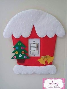 The Best Of The Day-interruptor da luz :-) Felt Christmas Decorations, Christmas Home, Christmas Lights, Felt Crafts, Diy And Crafts, Christmas Crafts, Christmas Ornaments, Craft Work For Kids, Diy Weihnachten