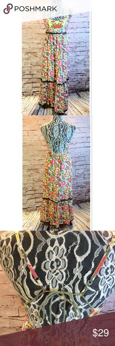 GYPSY/BOHO/CHIC MAXI DRESS Cute dress with a crisscross tie open back and a festive bold pattern. Gauze cotton lining Urban Nomad Dresses Maxi