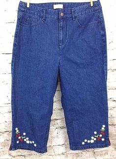 Christopher & Banks Womens 10 Cherry Jeans Embroidered Crop 100% Cotton Denim #ChristopherBanks #CapriCropped