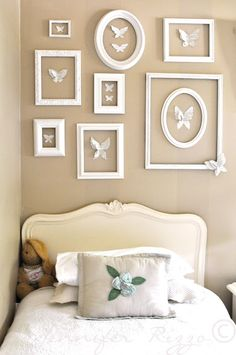 Pretty thrift store frame display for a girls room @Jen Rizzo