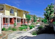 Fresno cohousing, starting to like this