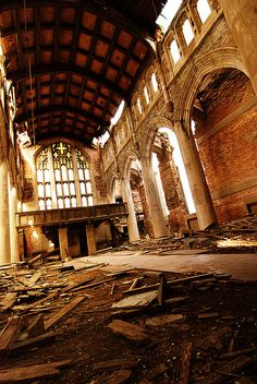Abandoned church ... you can just hear the voices raised in a beautiful hymn at Sunday Service ... or imagine a father walking his daughter down the aisle to her groom!