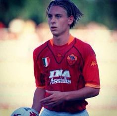 18-year-old Daniele De Rossi for his one and only, AS Roma