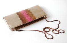 pochette cuir or patte autruche bronze rose 2