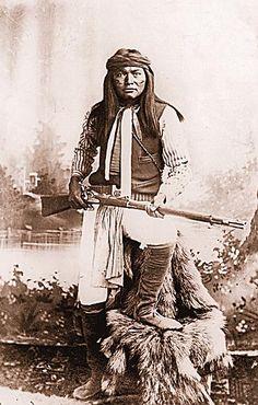 Honorable Warriors - True West Magazine Native American Photos, American Indian Art, Native American Tribes, Native American History, Apache Indian, Native Indian, Indian Tribes, Old West, First Nations