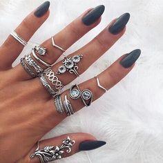 #fashion #style #rings #glamorous #luxury #love #girl #jewerly