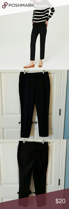 """LOFT Essential Skinny Ankle Pants (Julie Fit) NWOT Really nice black ankle pants.  Soft fabric.  Bought and just didnt wear.  26"""" inseam.  No flaws. LOFT Pants Ankle & Cropped"""