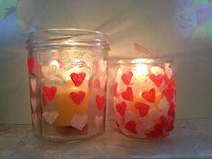 DIY Photophore pour la St Valentin.... ou la fête des mamans Funny Valentine, Valentine Crafts For Kids, Valentines, Diy St Valentin, Cadeau St Valentin, Hearts Rules, Cadeau Parents, Strawberry Hearts, Love Symbols
